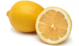 Stockfresh_549741_sliced-and-whole-lemons_sizeXS_932706